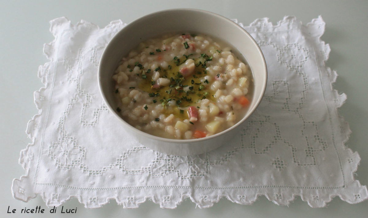 zuppa d'orzo orizzontale