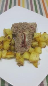Polpettone e patate al forno