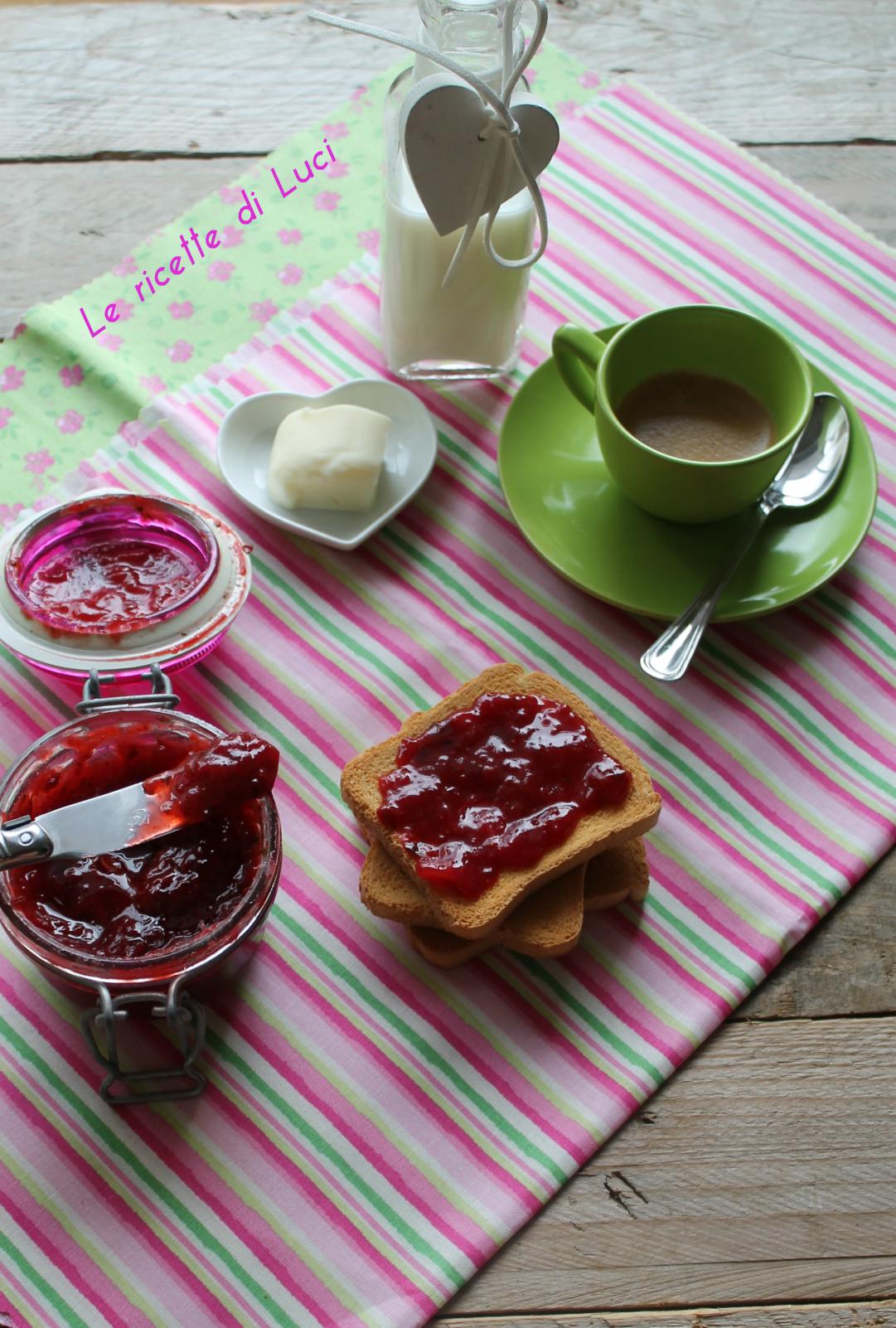 Marmellata di fragole e basilico
