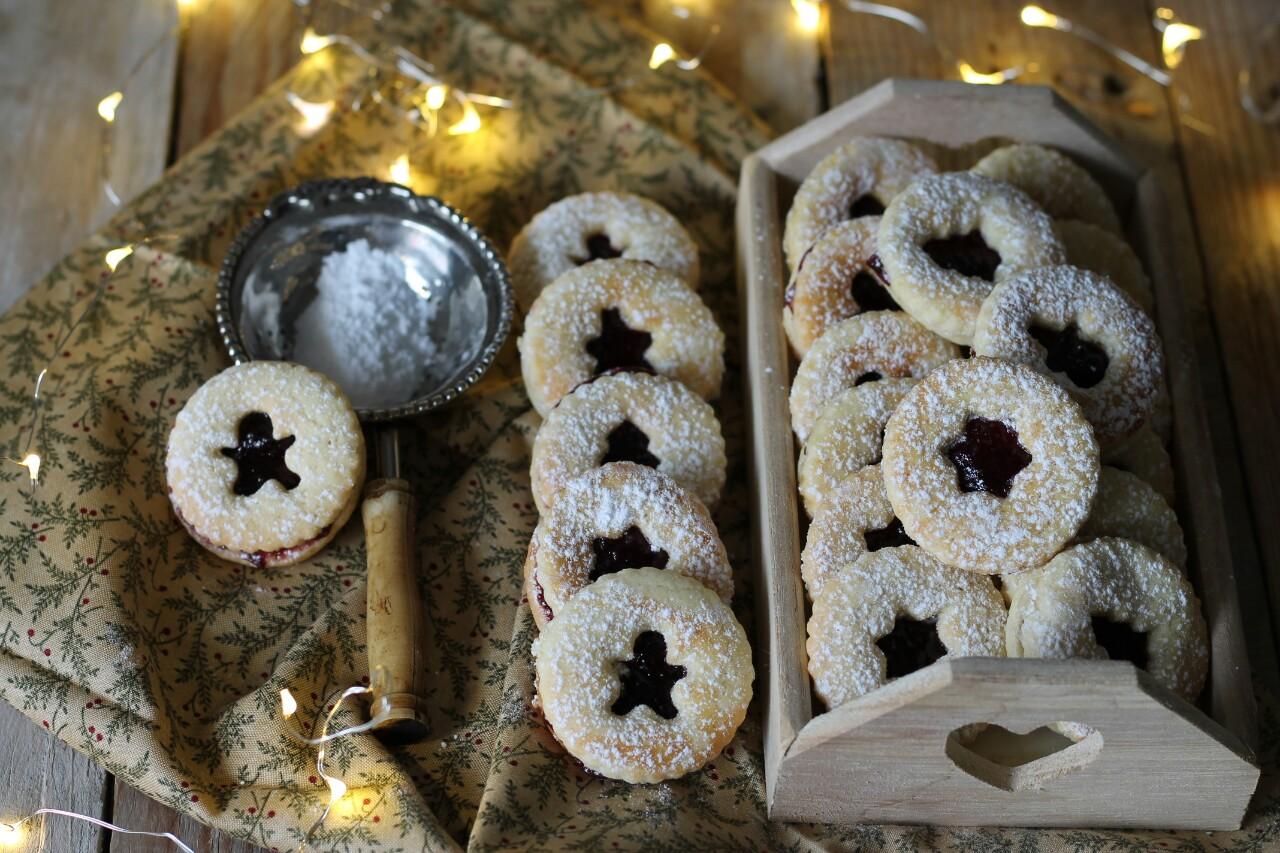 Dolci Altoatesini Natalizi.Spitzbuben Biscotti Con Marmellata Tipici Dell Alto Adige