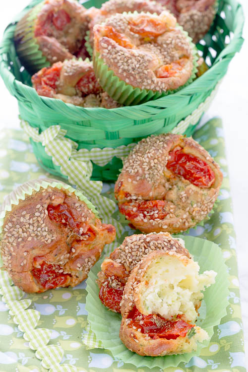 Muffins salati zucchine e pecorino